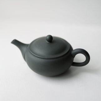 Azmaya kyūsu teapot from Tokoname